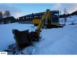 rupsgraafmachine New Holland E70SR-2 excavator with tilt 2008