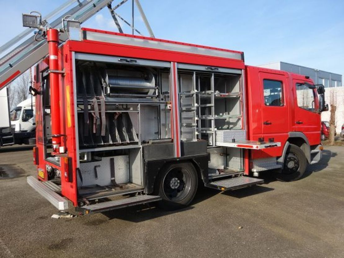 brandweerwagen vrachtwagen Mercedes-Benz 1325 bomberos 2002