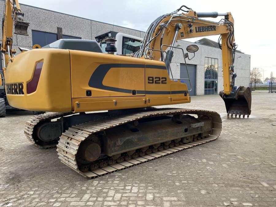 Liebherr - R922 lc 4