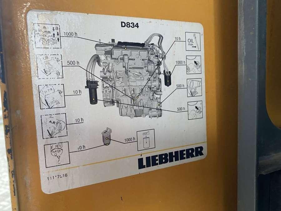 Liebherr - R922 lc 10