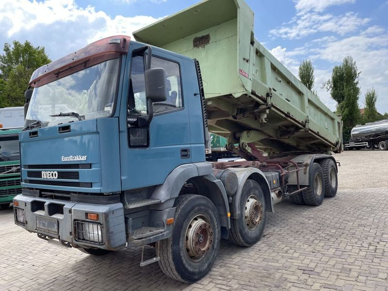 Iveco - 340E37 8x4 heavy duty two way tipper 2