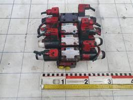 hydraulisch systeem equipment onderdeel Krupp Outrigger valve