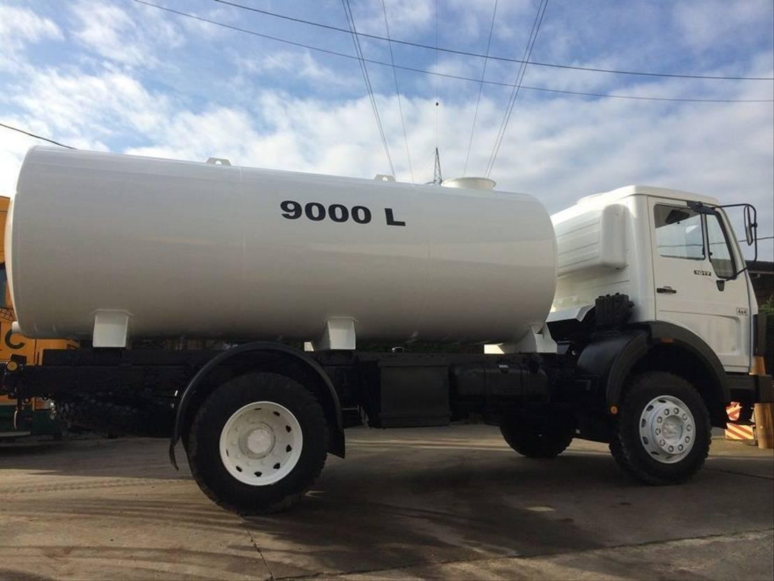 leger vrachtwagen Mercedes-Benz 1017 - Watertank