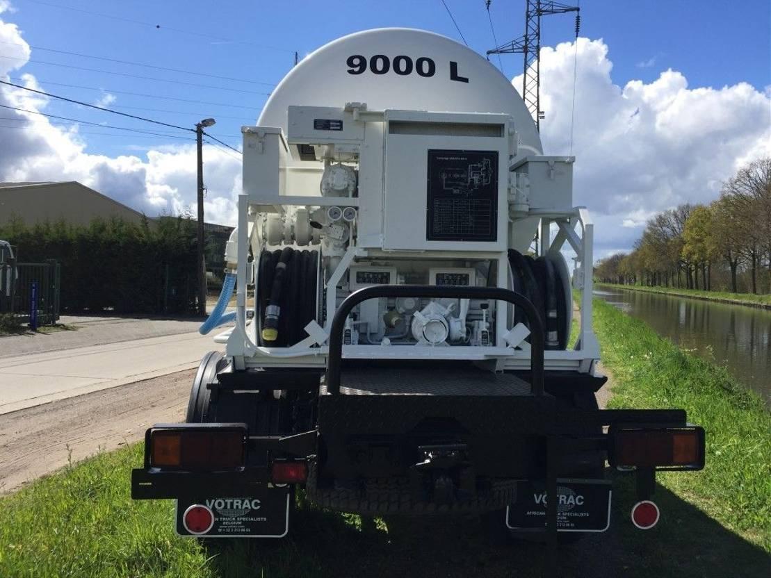 leger vrachtwagen Mercedes-Benz 1017 - Fueltank