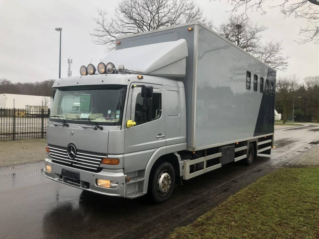 paardenvrachtwagen Mercedes-Benz Atego 1223 Paarden truck 1999