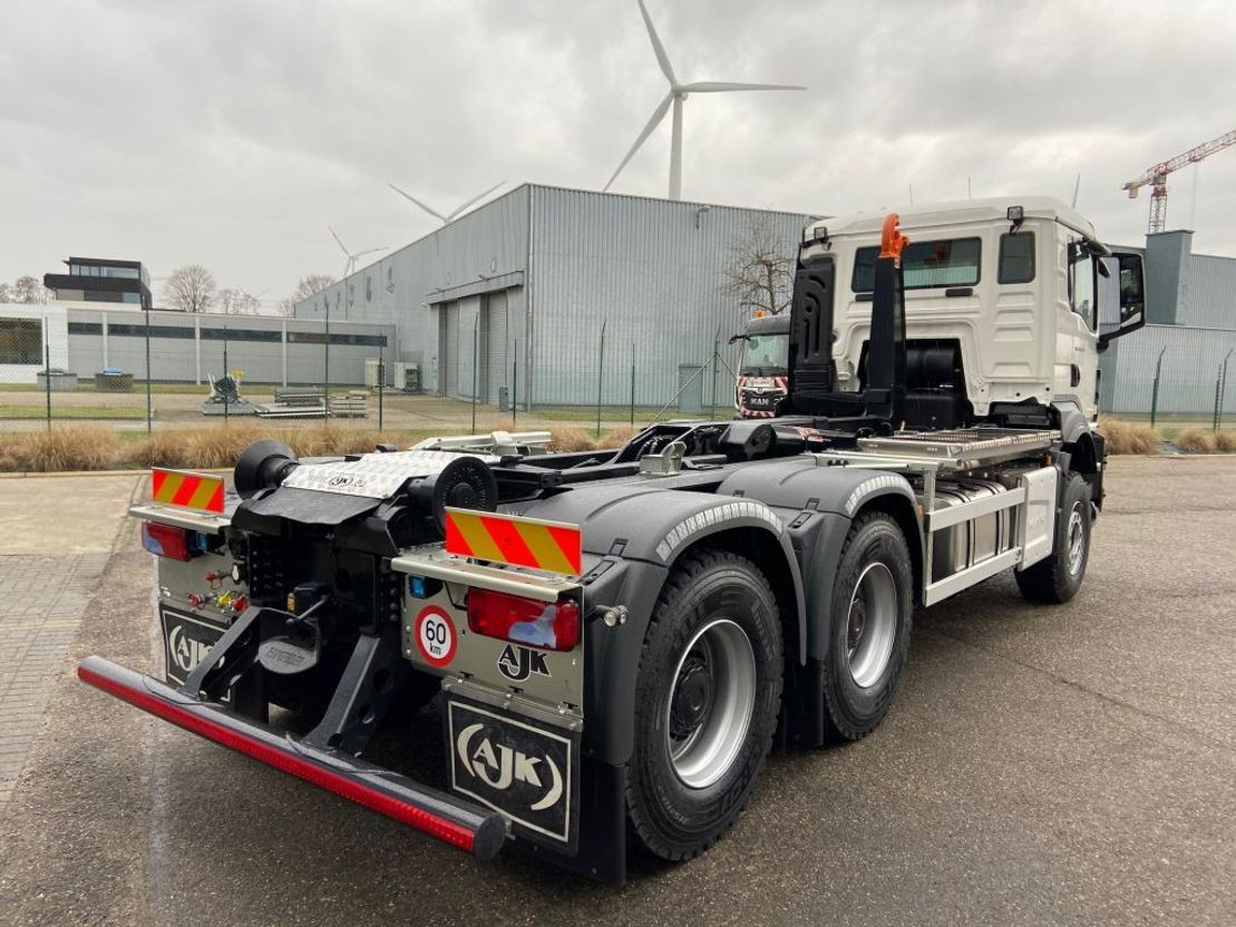 containersysteem vrachtwagen MAN New Generation TGS 33.470 6x4 BB-NN containerhaak wb 3900 2x 2021