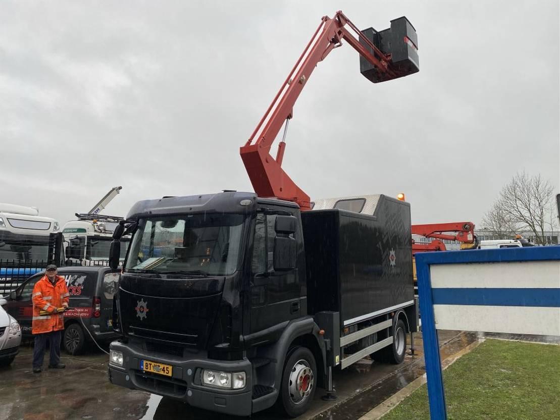 autohoogwerker vrachtwagen Iveco EuroCargo 180 4X2 EURO 5 + CUSTERS 12,5 METER AERIAL PLATFORM 2008