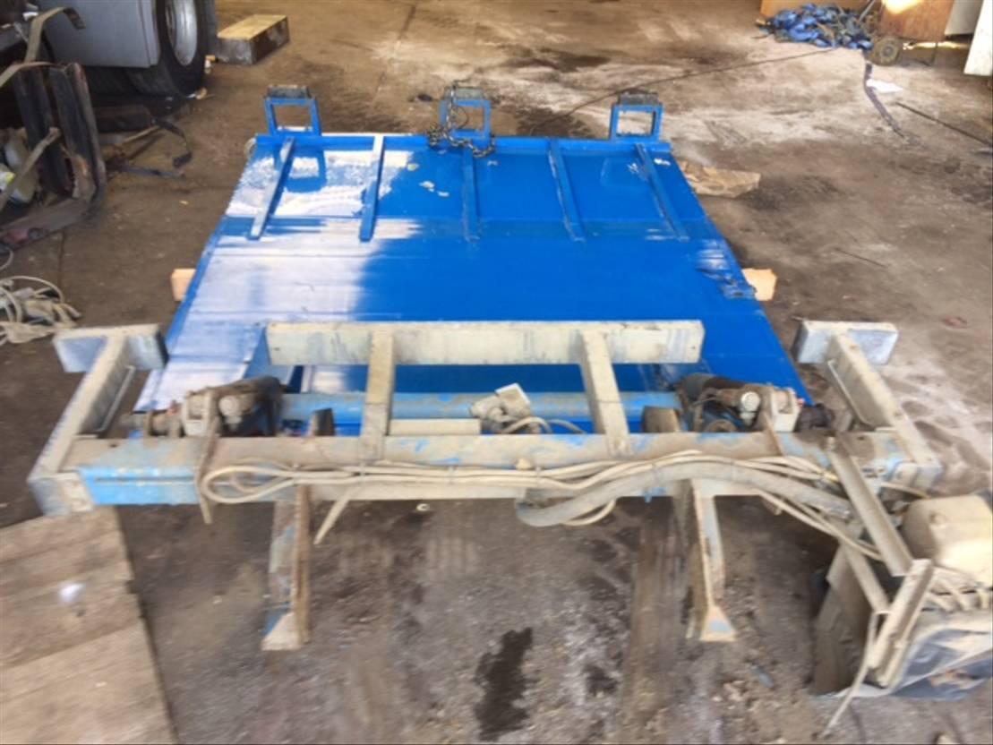 Opbouw vrachtwagen onderdeel Diversen Opbouw Laadliften 1992