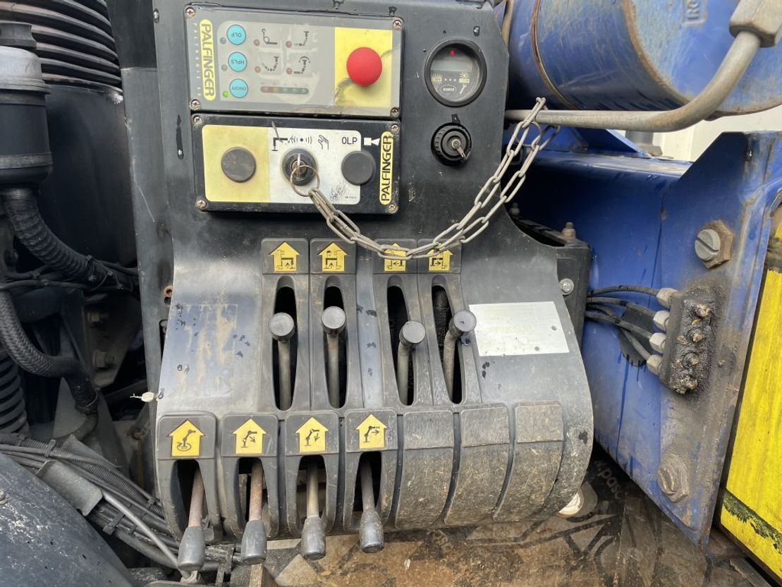 kraanwagen DAF 85 CF 380 euro 3 with 10 wheels palfinger pk16502 radio controle !!! 2005
