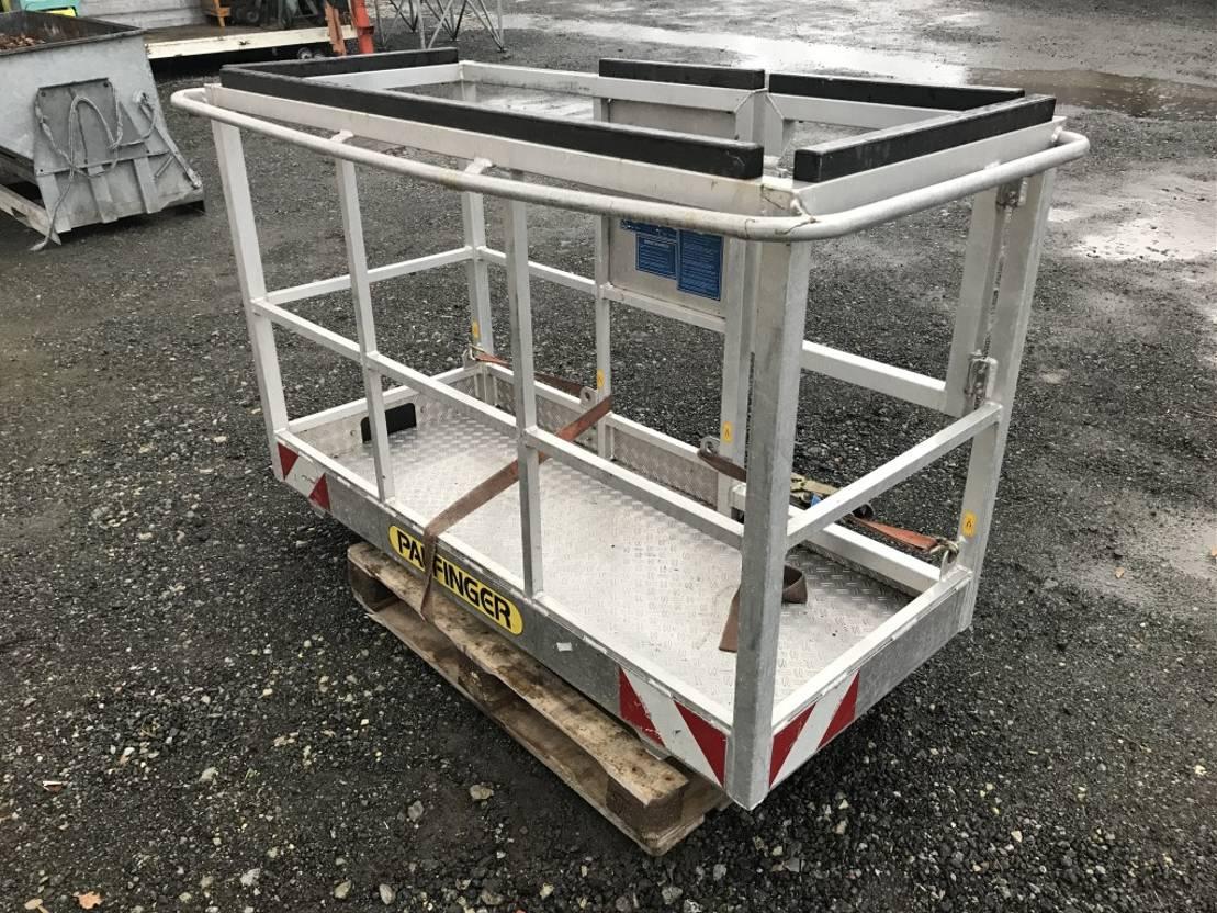 autohoogwerker vrachtwagen Palfinger Arbeitskorb B5030A 3 Personen + 110 kg passend für P 300 KS 2013