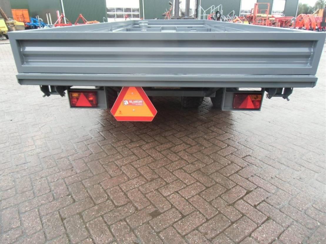 platte aanhanger vrachtwagen Diversen Stratenmakers wagen