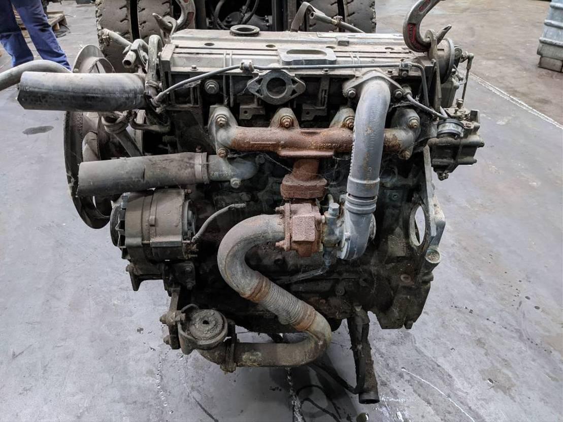Motor vrachtwagen onderdeel Deutz BF4M1012E / BF 4 M 1012 E Motor