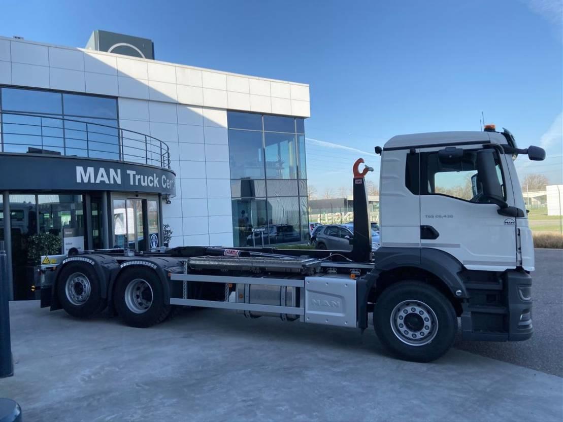 containersysteem vrachtwagen MAN TGS 26.430 6x2-4 BL-NN New Generation AJK containerhaak 2021