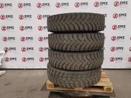 banden vrachtwagen onderdeel Michelin Occ Band 13R22.5 Michelin XDY
