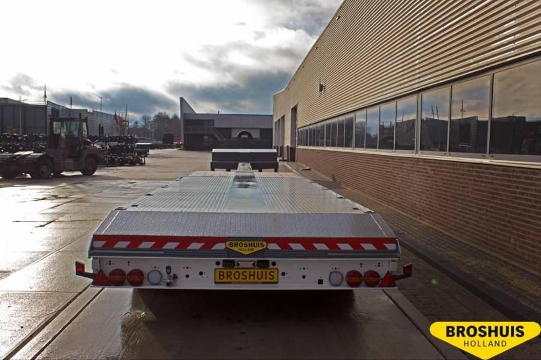semi dieplader oplegger Broshuis 4-axle selftracking semi low loader single extendible