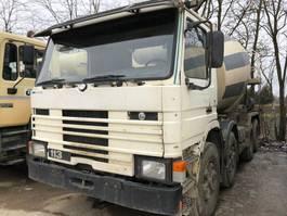 betonpomp vrachtwagen Scania 113 HK 8x4 - Mechanical pump 1995