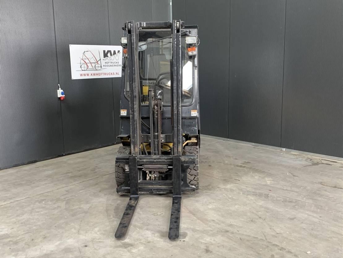 vorkheftruck Yale GLP20AF 2 tons gas heftruck 2000