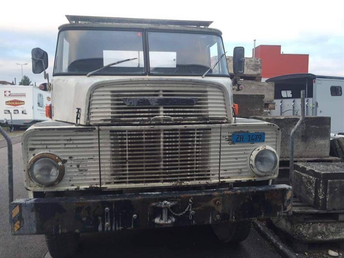 autohoogwerker vrachtwagen Hanomag -HENSCHEL HS 3-14 HA-CH 6x6 Hoogwerker 1970
