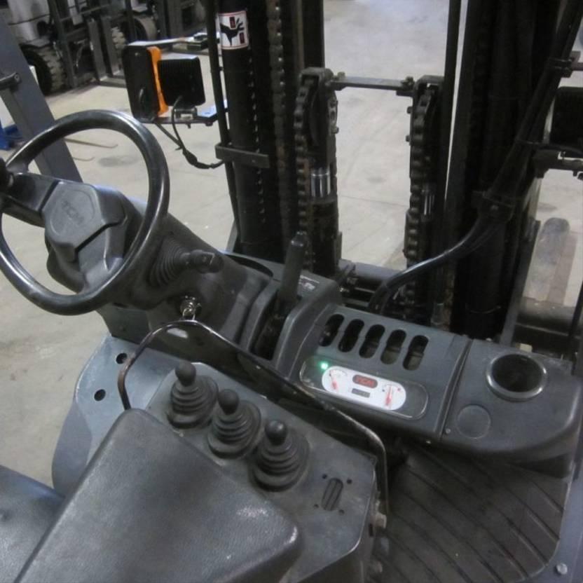 vorkheftruck TCM gas heftruck FHG30T3, triplomast, side shift, 4.40 m. 2007