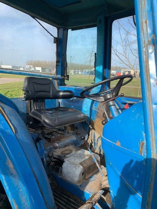 standaard tractor landbouw Ford Ford 4600 2WD 1977