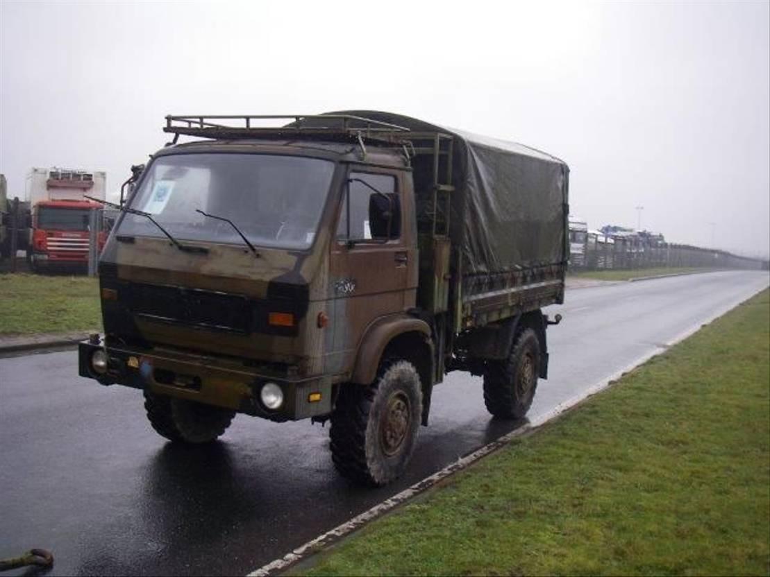 leger vrachtwagen MAN 8-136 FAE 4X4 WITH WINCH 4.TON 1988
