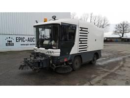 Veegmachine vrachtwagen Ravo 530CD 2011