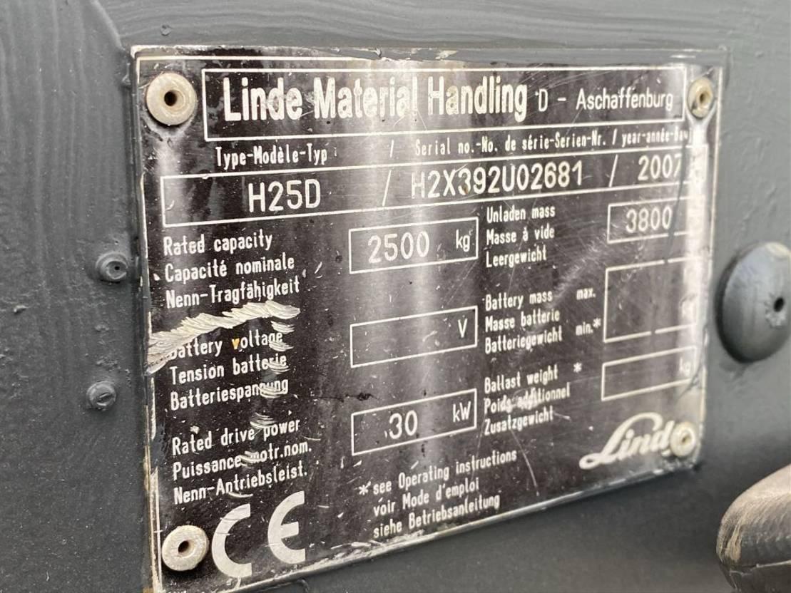 vorkheftruck Linde H25D 2007