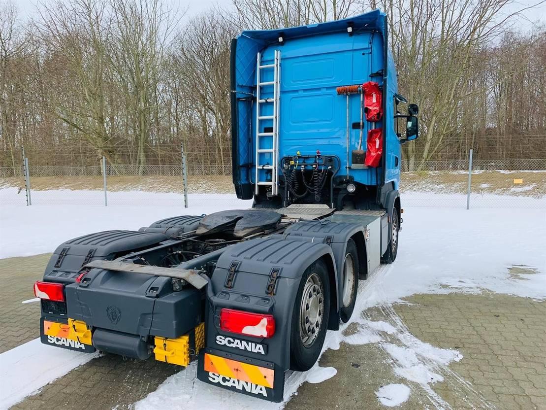 standaard trekker Scania R 450 LA6x2MNA 2015