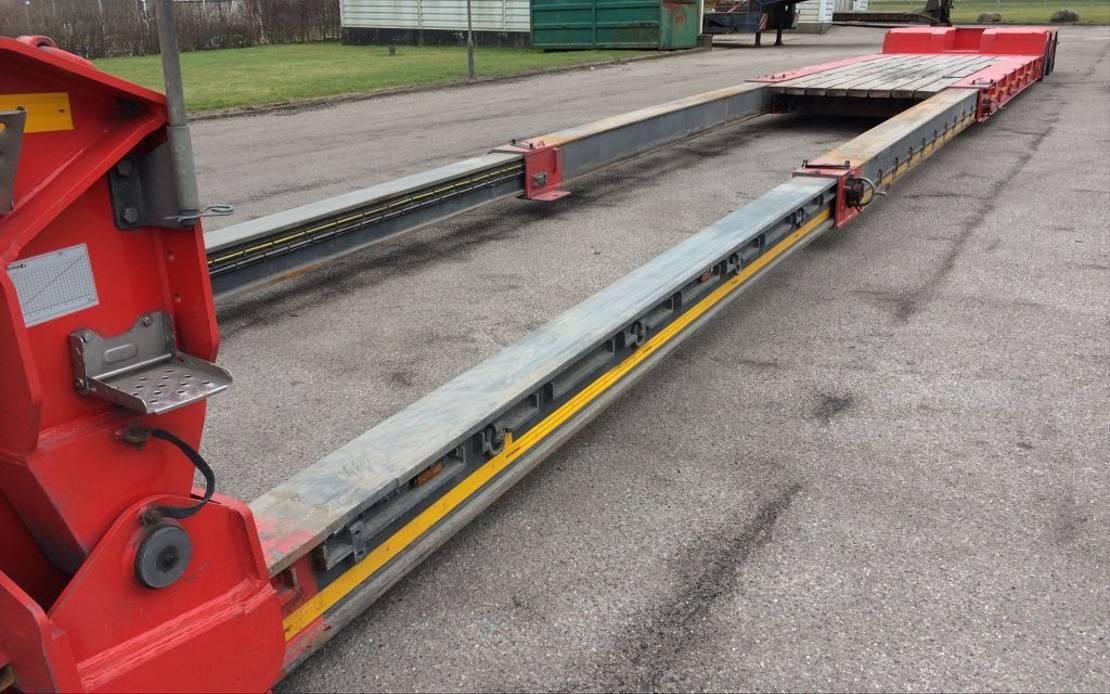 semi dieplader oplegger Faymonville Megamax lowbed  18.000 mm lowbed 2018