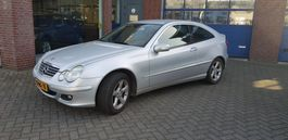 coupé wagen Mercedes-Benz C 200 CDI Sport Coupe 2005