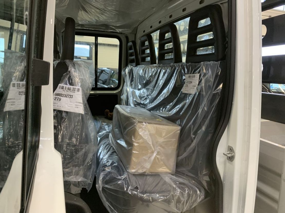 open laadbak bedrijfswagen Iveco 35S12 Daily Kipper Dubb Cabine Airco 3500KG Trekhaak 6+1 Pers Nieuw 2021