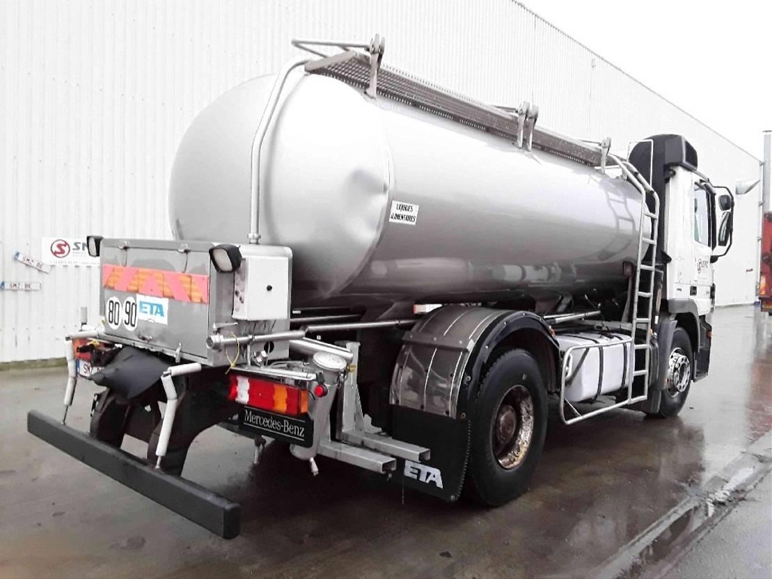Opbouw vrachtwagen onderdeel Diversen Occ Tankwagen opbouw 2007