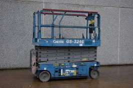 schaarhoogwerker wiel Genie GS-3246 2007
