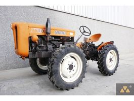 standaard tractor landbouw Fiat 251R 1964