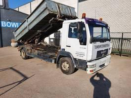kipper vrachtwagen > 7.5 t MAN LE 12.180 2003