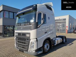 mega-volume trekker Volvo FH 500 / 2 Tanks / Mega / German