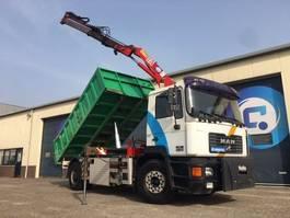 kipper vrachtwagen > 7.5 t MAN F2000 19.233 Silent CNG-Gas + HMF 1060 Crane + Roelofs kipper 2001