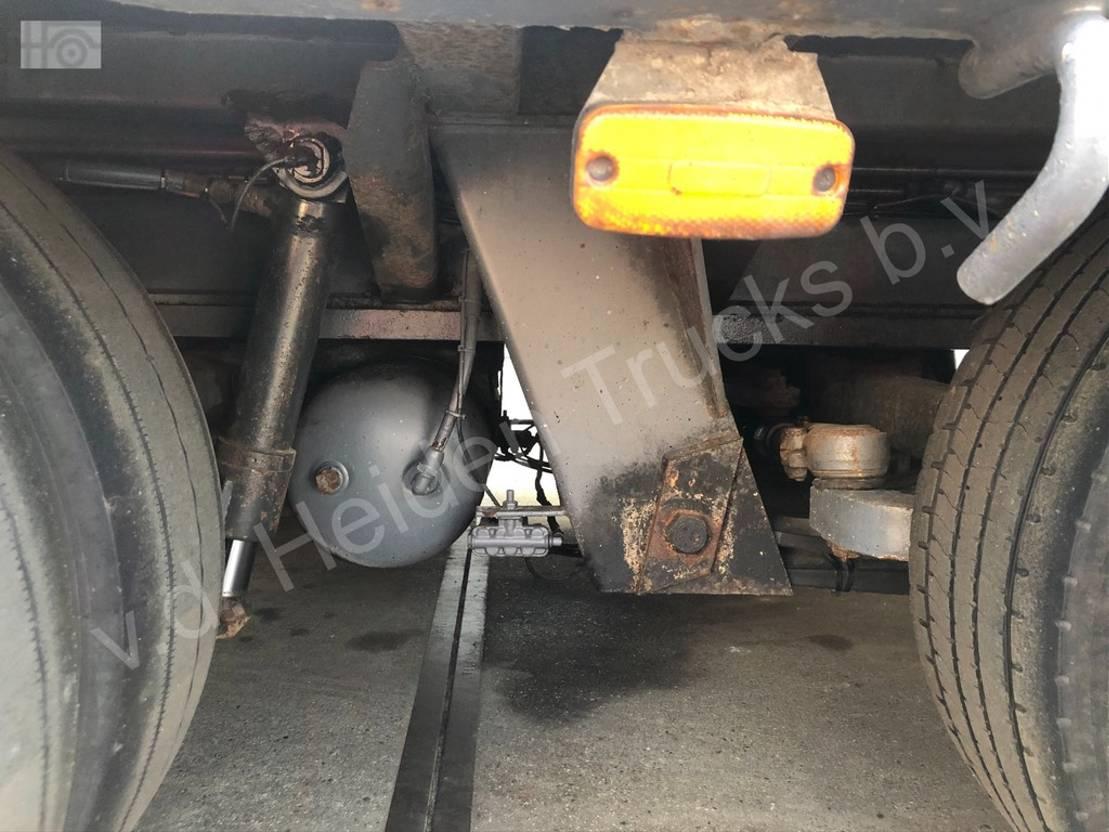 semi dieplader oplegger Nooteboom MCO 68 05V | Ramps | 5 Axles | 4 Steering Axles 1997