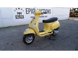 motorfiets Piaggio Vespa LX125