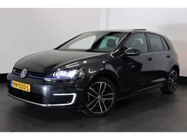 hatchback auto Volkswagen Golf 1.4 TSI GTE 204 PK | DSG | PANO-DAK | LEDER | CAMERA | € 12.500,- Ex. 2015