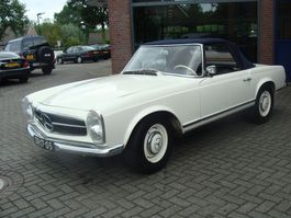 cabriolet auto Mercedes-Benz 230 Sl 230 SL PAGODE 1964