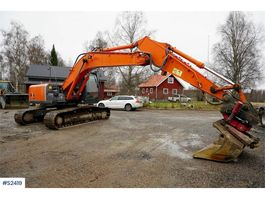 rupsgraafmachine Hitachi Zaxis 210LC Excavator with rotortilt 2010