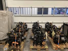 industriële motor Yanmar 2TNE68-DM 9 kW / 13 PK 2 cilinder diesel motor 2005