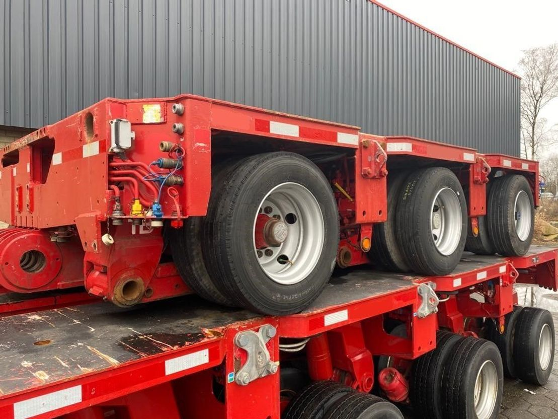 semi dieplader oplegger Goldhofer STHP Gooseneck THP SL 3+3+3+5 Axle modules