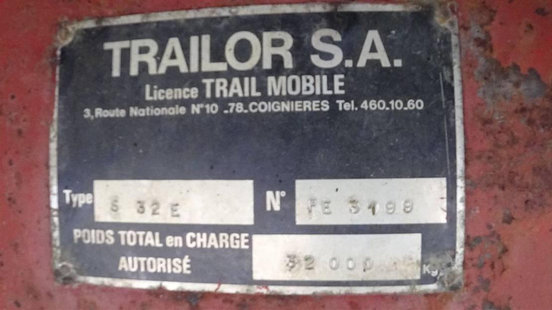 semi dieplader oplegger Trailor DRUM BRAKES / FREINS TAMBOUR / STEEL SUSPENSION / SUSPENSION LAMES 1977