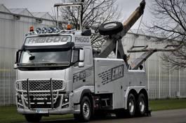 takelwagen-bergingswagen-vrachtwagen Volvo FH16-610 6x4 BB EMPL WRECKER 2012