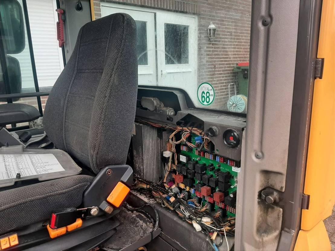 cabine - cabinedeel equipment onderdeel Volvo L120G