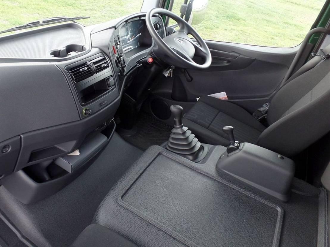 open laadbak vrachtwagen Mercedes-Benz Atego 1317-A 4x4 - Euro 2 - Flatbed - RHD - NEW
