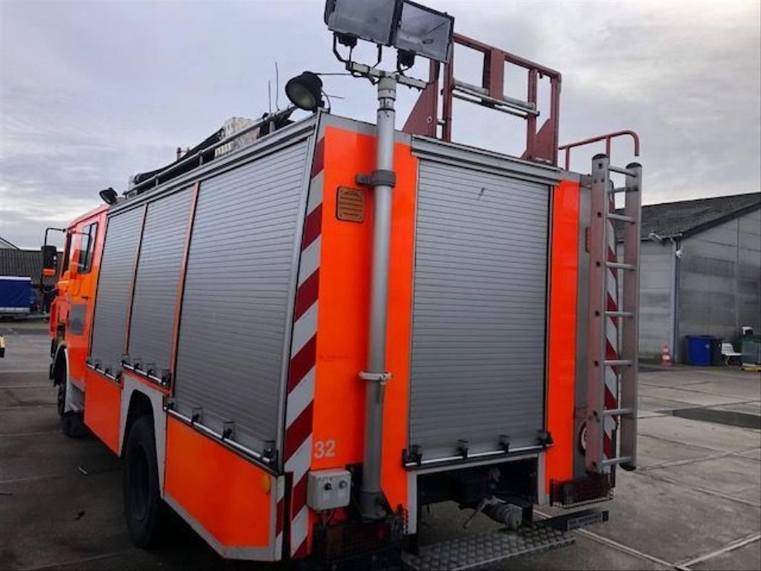 brandweerwagen vrachtwagen DAF 1700 Turbo Brandweer Doka snelle assen 1992