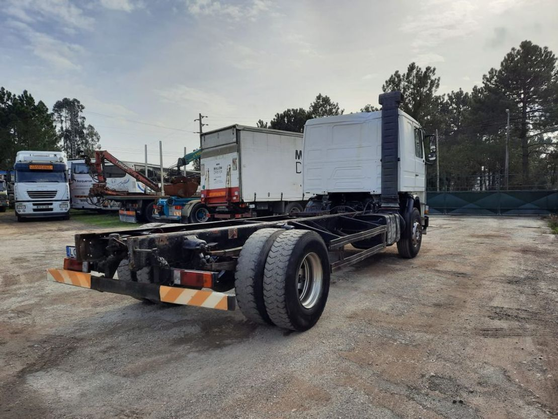 chassis cabine vrachtwagen Scania 112 Full Springs Suspension